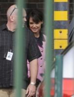 Katie Holmes - Toronto - 13-07-2010 - Katie Holmes torna a vestire i panni di Jackie Kennedy