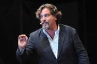 Dario Cassini - San Giorgio a Cremano (Na) - 17-07-2010 - Terence Hill pronto a rimettere l'abito talare per Don Matteo 10