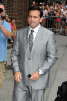 Steve Carell - New York - 20-07-2010 - Steve Carell insegna a parlare al cane nel dramma Dogs of Babel