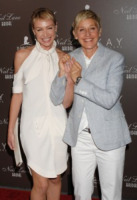 Ellen DeGeneres, Portia De Rossi - Hollywood - 22-07-2010 - Portia De Rossi ha chiesto di diventare Portia DeGeneres