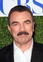 Tom Selleck - Beverly Hills - 28-07-2010 - Magnum P.I.: ecco l'ennesima operazione nostalgia