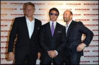 Dolph Lundgren, Sylvester Stallone, Jason Statham - Parigi - 05-08-2010 - Stallone non sara' il regista di Expendables 2