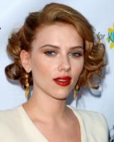 Scarlett Johansson - Los Angeles - 16-08-2010 - Scarlett Johansson sara' un'aliena mangiauomini