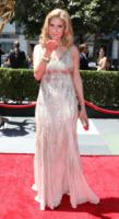 Elizabeth Mitchell - Los Angeles - 21-08-2010 - Creative Arts Emmy Awards: The Pacific fa incetta di premi