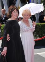 Creative Arts Emmy Awards: The Pacific fa incetta di premi