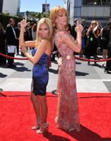 Kristin Chenoweth, Kathy Griffin - Los Angeles - 21-08-2010 - Creative Arts Emmy Awards: The Pacific fa incetta di premi