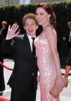 Clare Grant, Seth Green - Los Angeles - 21-08-2010 - Creative Arts Emmy Awards: The Pacific fa incetta di premi