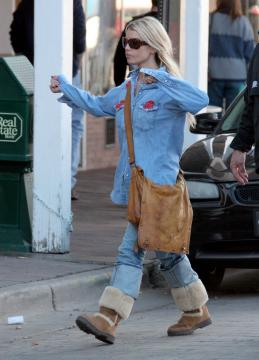 "Jessica Simpson - Santa Fe - 25-02-2006 - Jessica Simpson: ""Non ho snobbato Bush"""