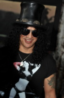 Slash - West Hollywood - 26-08-2010 - Slash divorzia per la seconda volta