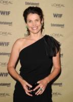 Julia Ormond - West Hollywood - 28-08-2010 - Syfy dà l'ok a Incorporated la serie di Matt Damon e Ben Affleck