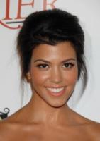 Kourtney Kardashian - Beverly Hills - 02-09-2010 - Kourtney Kardashian porta il figlio in ospedale per reazione allergica