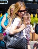 Charlotte Prinz, Sarah Michelle Gellar - Brentwood - 04-09-2010 - Sarah Michelle Gellar criticata per l'abito scelto dalla figlia