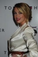 Amber Heard - New York - 12-09-2010 - Amber Heard si dichiara lesbica