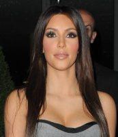 Kim Kardashian - Londra - 13-09-2010 - Kim Kardashian fa saltare l'allarme del Louvre