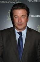 Alec Baldwin - New York - 14-09-2010 - I divi di Hollywood si schierano contro i metodi di macello di polli di McDonald's