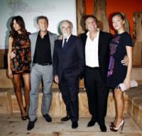 Striscia la notizia - Milano - 16-09-2010 - Michelle Hunziker e Belen, la nuova coppia di Striscia
