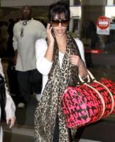 Kim Kardashian - Los Angeles - 22-01-2009 - Kim Kardashian si pente del botox
