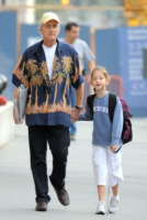 Carys Douglas, Michael Douglas - New York - 24-09-2010 - Michael Douglas sta meglio secondo suo padre Kirk