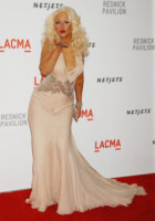 Christina Aguilera - Los Angeles - 25-09-2010 - Christina Aguilera non si accontenta della separazione e chiede il divorzio