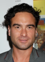Johnny Galecki - Los Angeles - 08-04-2010 - Kaley Cuoco confessa una storia segreta con Johnny Galecki