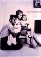 Kelly Curtis, Tony Curtis, Janet Leigh, Jamie Lee Curtis - 15-07-1959 - Jamie Lee Curtis ricorda suo padre