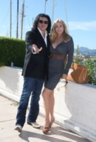 Shannon Tweed, Gene Simmons - Cannes - 05-10-2010 - Gene Simmons si sposa dopo 28 anni insieme a Shannon Tweed
