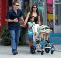 Isabella, Alexia, Luciana Barroso, Matt Damon - Los Angeles - 05-02-2010 - Matt Damon e la moglie avranno una bambina