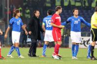 Cesare Prandelli, Gianluca Zambrotta, Andrea Pirlo - Genova - 13-10-2010 - Furia serba: arrestato Ivan
