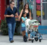 Isabella, Alexia, Luciana Barroso, Matt Damon - Los Angeles - 24-10-2010 - E' nata Stella Zavala: Matt Damon papa' per la quarta volta