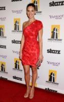 Hilary Swank - Beverly Hills - 25-10-2010 - Garry Marshall dirigera' DeNiro e Michelle Pfeiffer in New Year's Eve