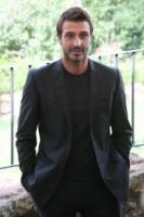 """Daniele Liotti - Milano - 02-11-2010 - Evento > Daniele Liotti: """"Mediaset ha offeso il pubblico spostando Le due facce dell'amore"""""""