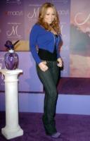 Mariah Carey - Glendale - 21-11-2007 - Mariah Carey ha le voglie di frutta
