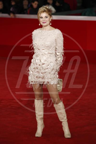 Patrizia Pellegrino - Roma - 03-11-2010 - Inverno grigio? Rendilo romantico vestendoti di rosa!