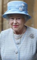 Regina Elisabetta II - Oxford - 03-12-2009 - Online il profilo Facebook della Regina Elisabetta II