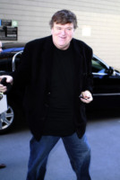 Michael Moore - Los Angeles - 12-11-2010 - Nuove regole per i documentari agli Oscar, Michael Moore è favorevole