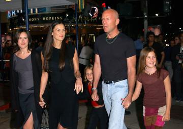 Bruce Willis, Demi Moore - Westwood - 04-10-2001 - Nozze a Stonehenge per Kutcher-Kunis, Demi Moore permettendo