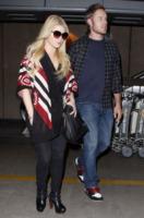 Eric Johnson, Jessica Simpson - Los Angeles - 07-11-2010 - Jessica Simpson fidanzata sei giorni dopo l'ex marito