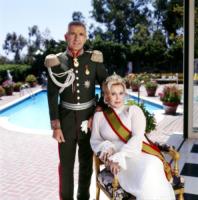 Zsa Zsa Gabor, Frederic von Anhalt - Los Angeles - 21-02-2007 - Zsa Zsa Gabor ora deve vendere la villa