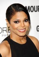 """Janet Jackson - Los Angeles - 16-11-2010 - Parla Janet Jackson, """"Mio padre mi picchiò una volta sola"""""""