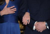 Principe William, Kate Middleton - 16-11-2010 - Da Elisabetta II a Meghan: gli anelli più preziosi del reame