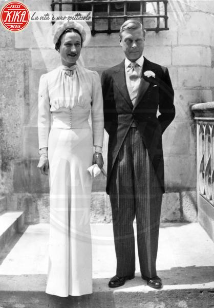 il principe di Galles Edoardo, Wallis Simpson - Tours - Da Kate a Lady D, gli abiti da sposa Windsor più belli