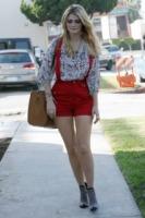 Mischa Barton - Los Angeles - 17-11-2010 - Mischa Barton protagonista di un realty