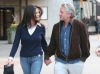 Catherine Zeta Jones, Michael Douglas - Toronto - 02-04-2010 - Catherine Zeta Jones in clinica per depressione bipolare