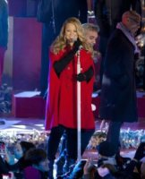 Mariah Carey - New York - 21-11-2010 - Mariah Carey ha le voglie di frutta
