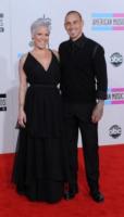 Carey Hart, Pink - Los Angeles - 21-11-2010 - Pink ha un carico di aggressivita' da quando e' incinta