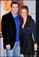 Kelly Preston, John Travolta - Los Angeles - 24-11-2010 - A un anno dalla morte di Jett, John Travolta e Kelly Preston diventano genitori di Benjamin