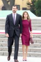 Re Felipe di Borbone, Letizia Ortiz - Lima - 23-11-2010 - Stasera non sai cosa mettere? Ricicla, fai come loro!