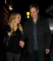 Eric Johnson, Jessica Simpson - New York - 24-11-2010 - Jessica Simpson ed Eric Johnson rinunciano alle nozze a novembre e si godono la gravidanza