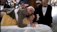 Una Pallottola Spuntata - Los Angeles - 29-11-2010 - Leslie Nielsen muore all'età di 84 anni per una polmonite
