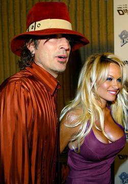 Tommy Lee, Pamela Anderson - Westwood - 20-10-2003 - Non c'è due senza tre... star dal SI' facile